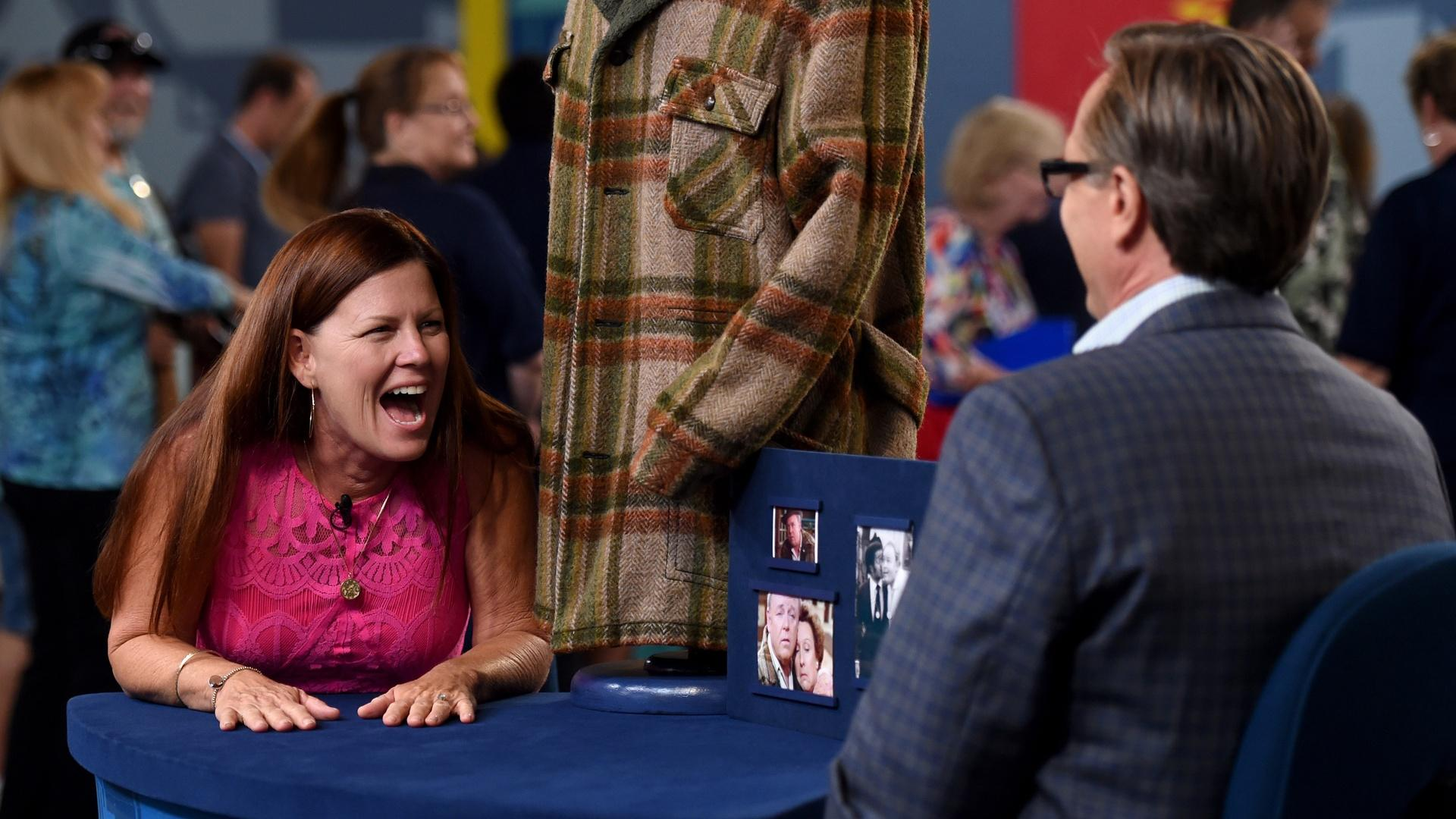 S21 E7: Palm Springs, Hour 1 | Watch Antiques Roadshow ...