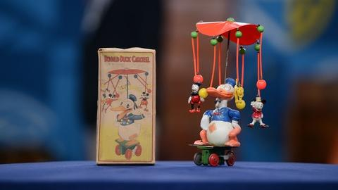 Antiques Roadshow -- S21 Ep5: Appraisal: Donald Duck Carousel Toy, ca. 1935