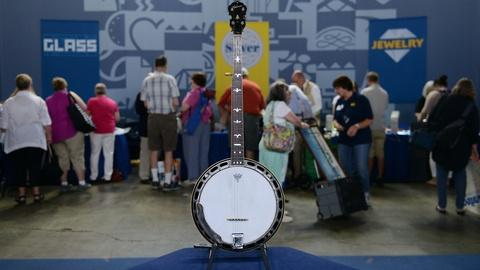 Antiques Roadshow -- S21 Ep6: Appraisal: 1935 Gibson RB-1 Banjo