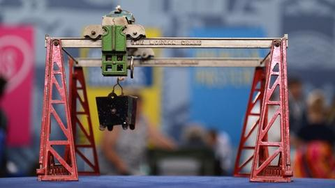 Antiques Roadshow -- S21 Ep7: Appraisal: Kenton Morgan Traveling Toy Crane, ca. 1