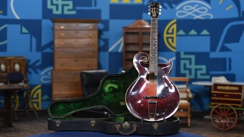 Antiques Roadshow -- S21 Ep7: Appraisal: 1922 Gibson Style O Guitar with Case