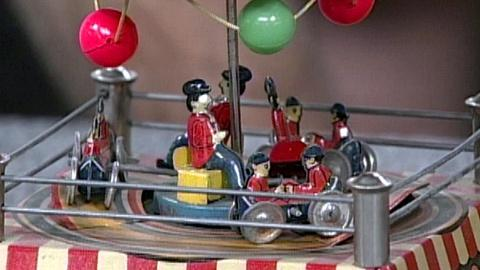 Antiques Roadshow -- S16 Ep23: Appraisal: Japanese Lithographed Tin Wind-up Toy,