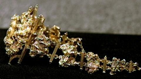 Antiques Roadshow -- S16 Ep23: Appraisal: Gold Nugget Bracelet, ca. 1885