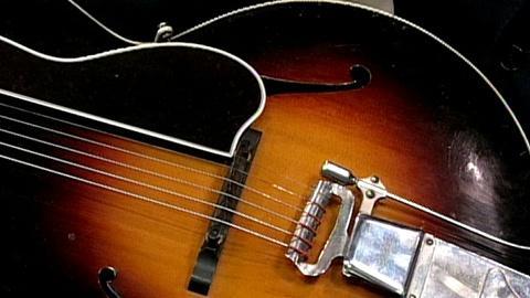 Antiques Roadshow -- S16 Ep27: Appraisal: 1924 Gibson L-5 Guitar