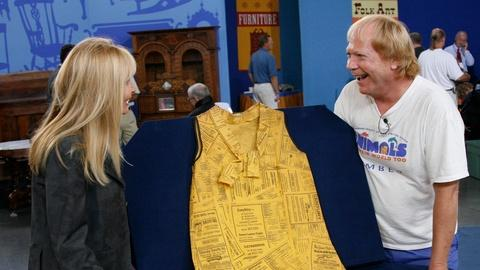 """Antiques Roadshow -- S11 Ep18: Appraisal: 1967 """"Yellow Pages"""" Paper Dress"""