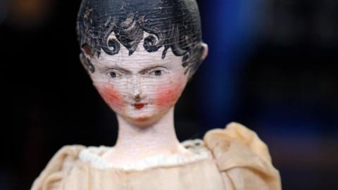 Antiques Roadshow -- S16 Ep21: Appraisal: Grödnertal Carved Wooden Doll, ca. 1820