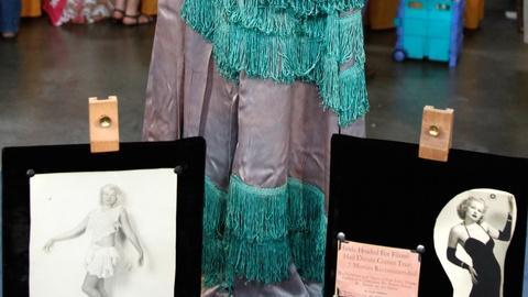 Antiques Roadshow -- S16 Ep21: Appraisal: Hinda Wassau Burlesque Memorabilia