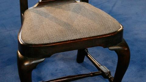 Antiques Roadshow -- S12 Ep1: Appraisal: Queen Anne Boston Side Chair, ca. 1750