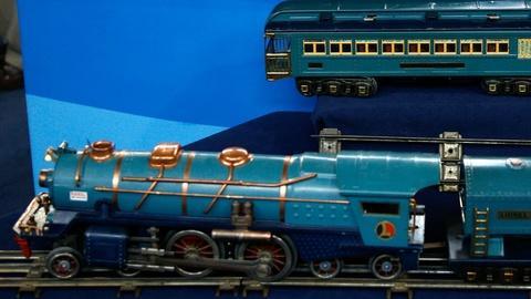 Antiques Roadshow -- S12 Ep3: Appraisal: Lionel Blue Comet Train, ca. 1935
