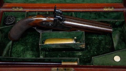 Antiques Roadshow -- S17 Ep3: Appraisal: English Houdah Pistols, ca. 1846