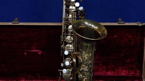 Antiques Roadshow -- S17 Ep5: Appraisal: 1950 Selmer Alto Saxophone