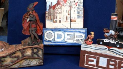 Antiques Roadshow -- S17 Ep6: Appraisal: German POW Folk Art Signs, ca. 1944