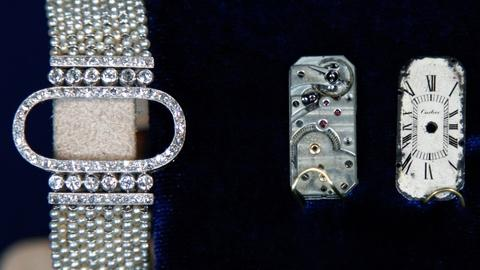 Antiques Roadshow -- S17 Ep8: Appraisal: Cartier Art Deco Wristwatch, ca. 1920