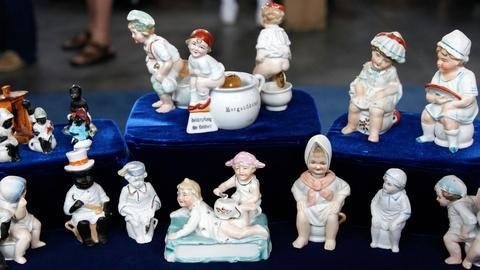"Antiques Roadshow -- S17 Ep8: Appraisal: German ""Potty"" Babies, ca. 1900"