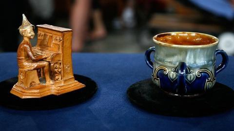 Antiques Roadshow -- S12 Ep10: Appraisal: Doulton Lambeth Pottery, ca. 1885
