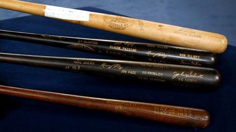 Antiques Roadshow -- S12 Ep10: Appraisal: Lonny Frey Professional Baseball Collec