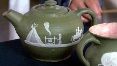 Antiques Roadshow -- S17 Ep9: Appraisal: Pisgah Forest Pottery, ca. 1950