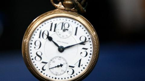 Antiques Roadshow -- S12 Ep11: Appraisal: 1926 Waltham Railroad Pocket Watch