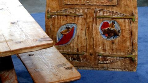 Antiques Roadshow -- S12 Ep11: Appraisal: Western-Style Furniture, ca. 1930