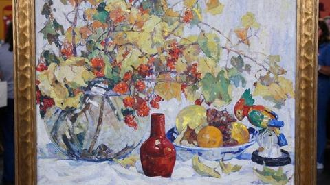 Antiques Roadshow -- S12 Ep12: Appraisal: 1925 Nellie Knopf Still Life