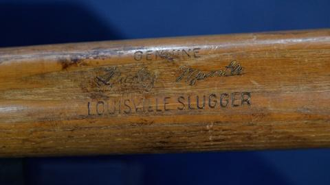 Antiques Roadshow -- S17 Ep10: Appraisal: 1963 Mickey Mantle Game Used Bat