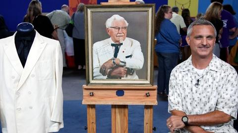 Antiques Roadshow -- S17 Ep11: Owner Interview: Col. H. Sanders Suit & Signed Pho