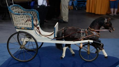 Antiques Roadshow -- S17 Ep12: Appraisal: Toy Horse & Cart, ca. 1920
