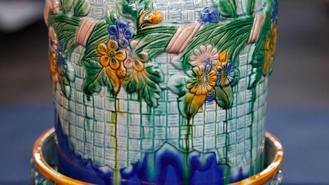 Antiques Roadshow -- S17 Ep14: Appraisal: Reproduction Victorian Majolica Cheese