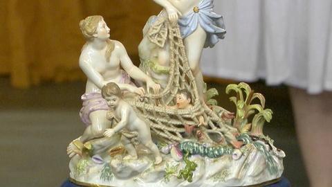 Antiques Roadshow -- S17 Ep15: Appraisal: Meissen Porcelain Figurine, ca. 1875