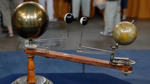 Antiques Roadshow -- S17 Ep15: Appraisal: Trippensee Planetarium, ca. 1900