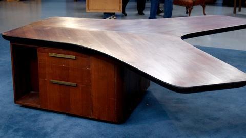 Antiques Roadshow -- S17 Ep16: Appraisal: 1950 Vladimir Kagan's Partners Desk