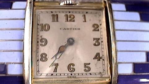 Antiques Roadshow -- S17 Ep22: Appraisal: Clara Bow Anklet, Cartier Watch and Not
