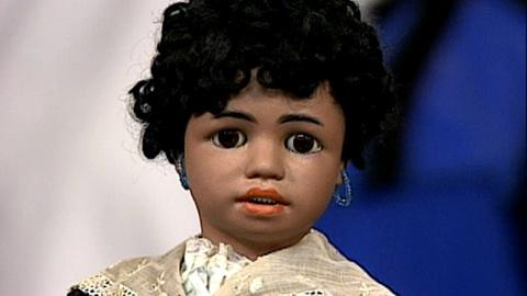 Antiques Roadshow -- S17 Ep22: Appraisal: Doll Collection, ca. 1915