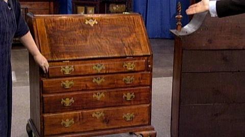 Antiques Roadshow -- S17 Ep23: Appraisal: Mass. Queen Anne Desk, ca. 1750