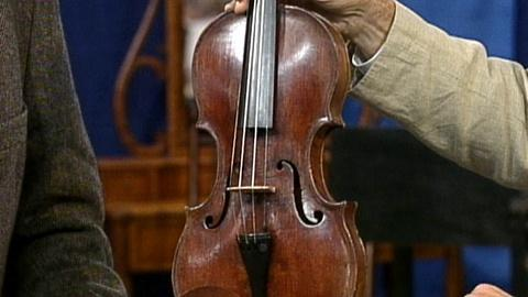 Antiques Roadshow -- S17 Ep24: Appraisal: 1671 van Munster Violin