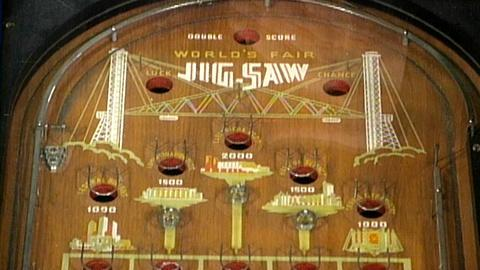 Antiques Roadshow -- S17 Ep24: Appraisal: World's Fair Pinball Machine, ca. 1933