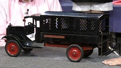 Antiques Roadshow -- S17 Ep25: Appraisal: Keystone Toy Police Patrol Wagon