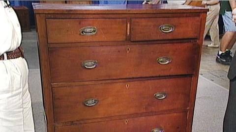 Antiques Roadshow -- S17 Ep25: Appraisal: 1830 Kentucky Chest of Drawers