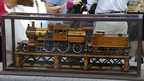"Antiques Roadshow -- S17 Ep26: Appraisal: Model ""Camelback"" Steam Engine"