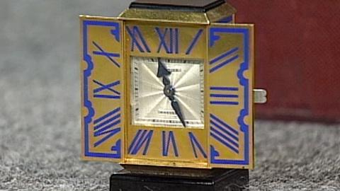 Antiques Roadshow -- S17 Ep27: Appraisal: Cartier Gold Desk Clock, ca. 1928
