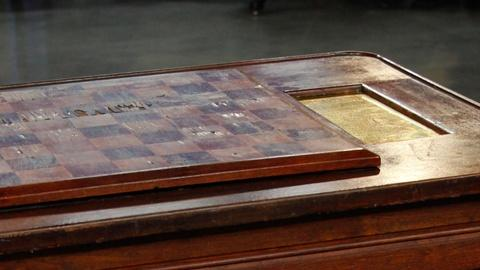 Antiques Roadshow -- S15 Ep14: Appraisal: New Orleans Chess Table, ca. 1870