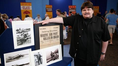 Antiques Roadshow -- S13 Ep2: Owner Interview: Will Rogers & Wiley Post Memorabil