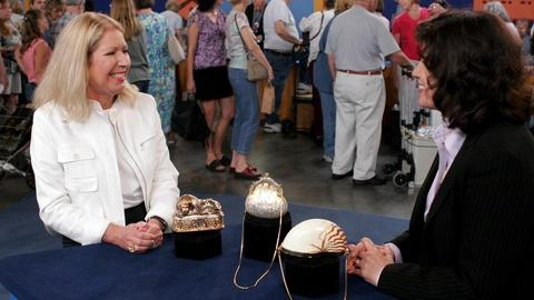 Antiques Roadshow -- S10 Ep5: Appraisal: 1960s Judith Leiber Handbags