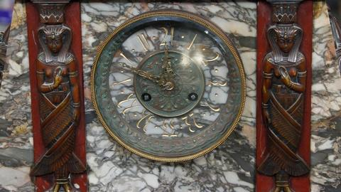 Antiques Roadshow -- S15 Ep8: Appraisal: Egyptian Revival French Clock, ca. 1880