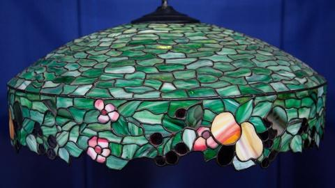 Antiques Roadshow -- S15 Ep8: Appraisal: Handel Leaded Glass Shade, ca. 1907