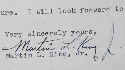 Antiques Roadshow -- S15 Ep16: Appraisal: 1958 Martin Luther King Jr. Letter