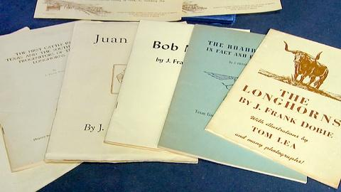 Antiques Roadshow -- S17 Ep21: Appraisal: J. Frank Dobie Letter & Publications