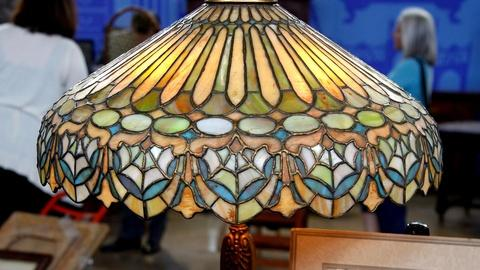 Antiques Roadshow -- S16 Ep5: Appraisal: Duffner & Kimberly Leaded Glass Table La