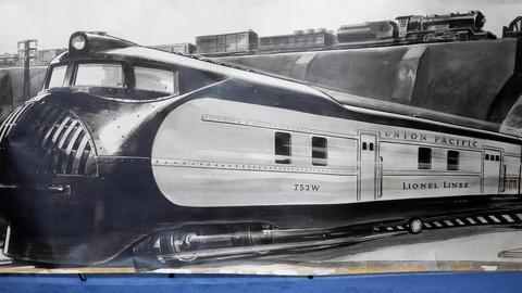 Antiques Roadshow -- S16 Ep8: Appraisal: 1936 Lionel Trains Mural Photograph Post