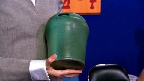 Antiques Roadshow -- S15 Ep19: Appraisal: Fake TECO Vase
